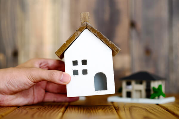 空き家問題を早期決着!今すぐ活用を検討するべき理由とは?