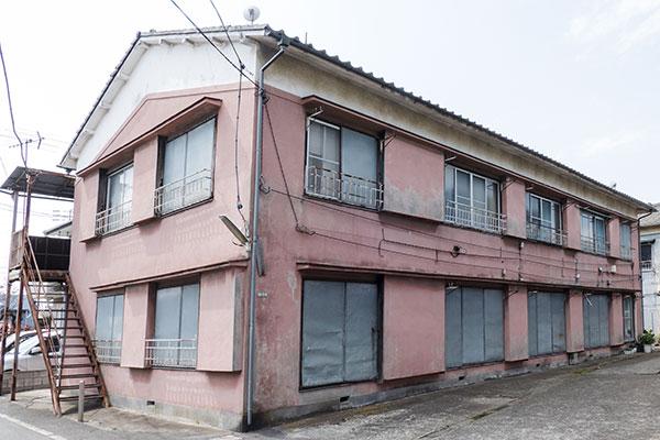 HOME4U(ホームフォーユー)土地活用「アパートの建て替え時期を判断する3つの目安」