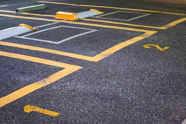 駐車場経営の経費は?土地購入費は経費になる?費目や仕組みを解説